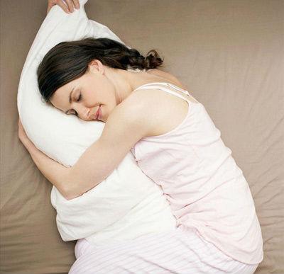 女性睡姿错误可致不孕