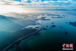 江西最美水上公路 穿行千岛颜值爆表